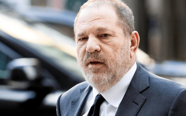 Modelo demanda a Weinstein por abusar de ella cuando tenía 16 años - El juicio contra Harvey Weinstein por agresiones sexuales iniciará en enero de 2020. Foto de EFE