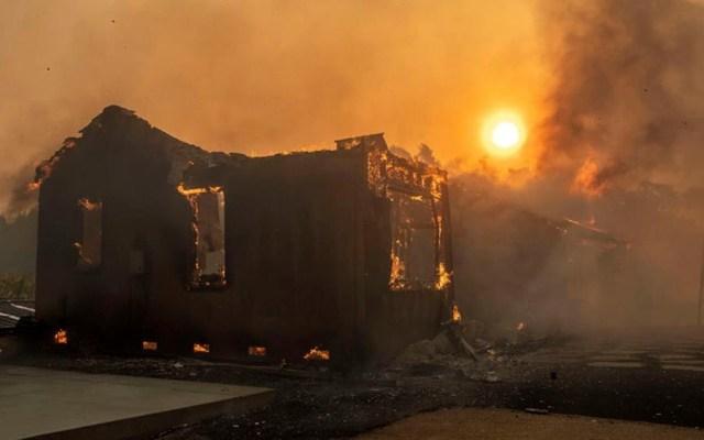 Incendios en California dejarán a 2 millones de usuarios sin electricidad - incendios california