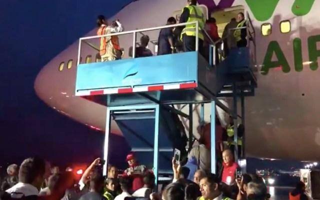 Devuelven a la India a 311 personas con estancia irregular en México - INM vuelo India