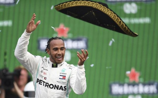 Lewis Hamilton admite que desea seguir con Mercedes después de 2020 - Foto de EFE