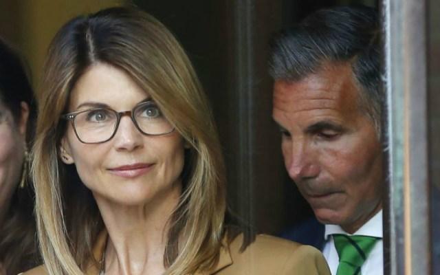 Actriz Lori Loughlin enfrenta nuevos cargos por fraude - Lori Loughlin