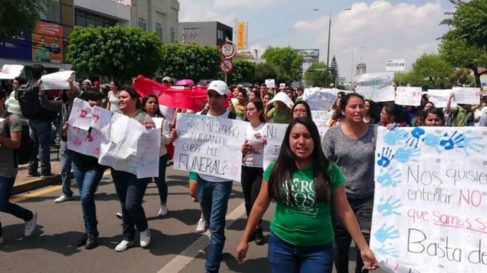#Video Marchan en Celaya por asesinato del estudiante Gabriel Luna - Marcha en Celaya
