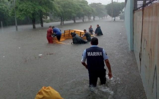 Por lluvias, activan Plan Marina en Lázaro Cárdenas, Michoacán - Foto de @SEMAR_mx