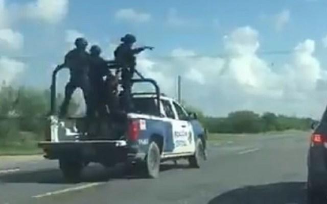 Policías de Tamaulipas sufren ataque armado en San Fernando - Movilización policiaca tras agresión a agentes estatales de Tamaulipas. Captura de pantalla / @tonypresss