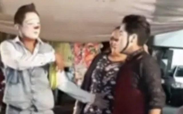 Detienen a payasos acusados de secuestrar a menores en fiesta de Iztapalapa - Foto de Noticieros Televisa