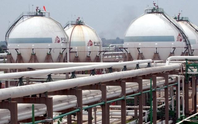 """""""Necesitamos una estrategia realista para salvar a Pemex"""", declara David Shields - Imagen cedida por la empresa Petróleos Méxicanos (Pemex) de su refinería ,Complejo Cactus, en el estado mexicano de Chiapas. Foto de EFE/PEMEX."""