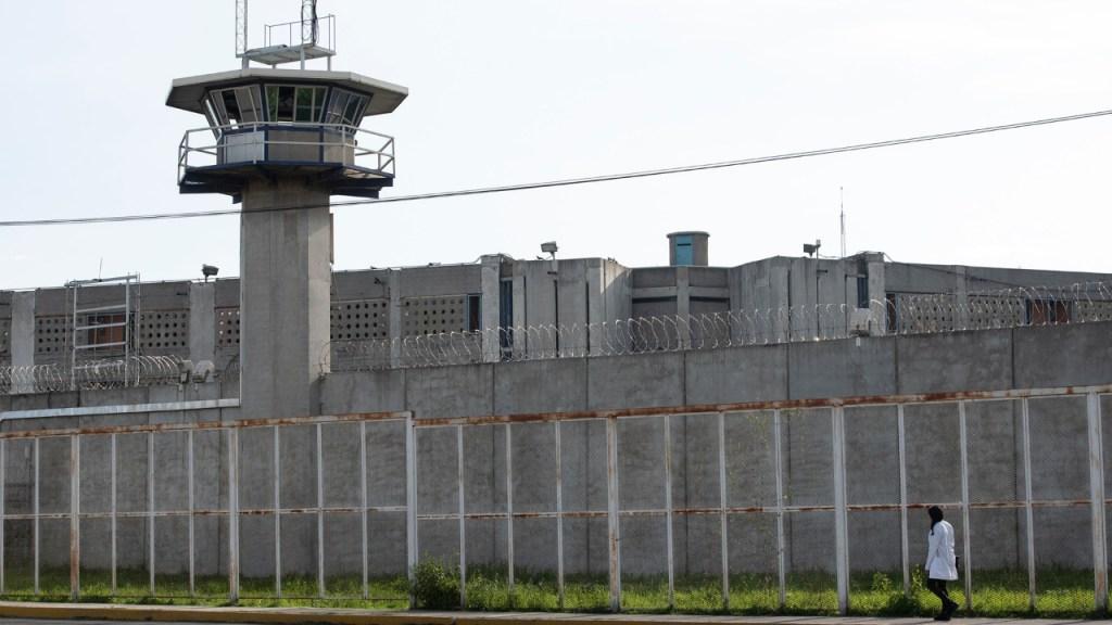 Al menos 112 personas han muerto por COVID-19 en cárceles de México - Penal Santa Martha Acatitla