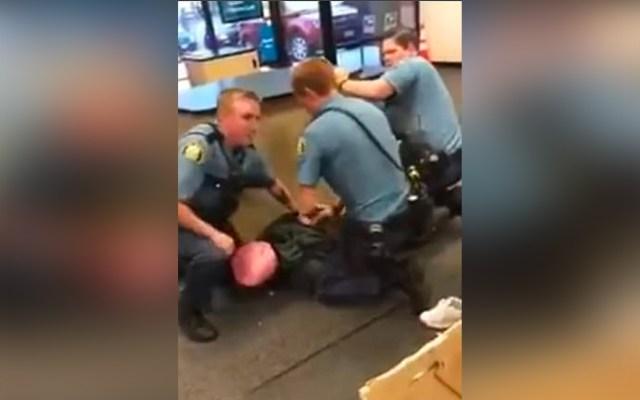 #Video Investigan a policías tras arresto violento de niña de 13 años - Policía de Minnesota