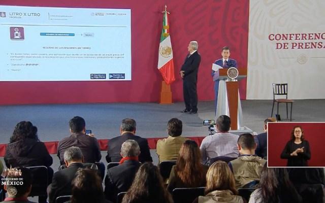 Profeco inmoviliza por primera vez 100 por ciento de bombas en gasolinera - Lopez Obrador AMLO gasolinera