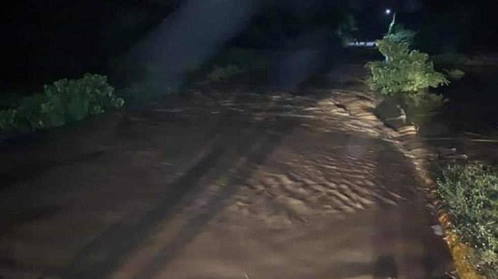 Lluvias desbordan ríos en Oaxaca y dañan viviendas - Río Los perros en el municipio El Espinal de Oaxaca. Foto de @CEPCO_GobOax