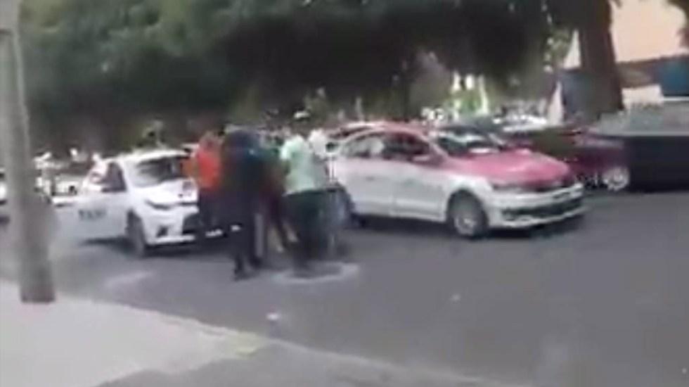 #Video Taxistas golpean a repartidores de comida en la Ciudad de México - Taxistas agreden repartidores CDMX 2
