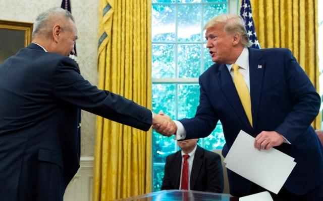 Acuerdo con China es muy favorable para granjeros de EE.UU.: Trump - Trump firma acuerdo con China