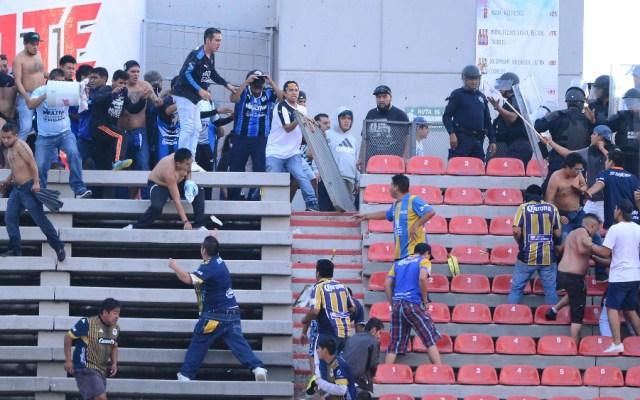 Dos partidos de veto al Alfonso Lastras tras violencia entre San Luis y Querétaro - Foto de Mexsport