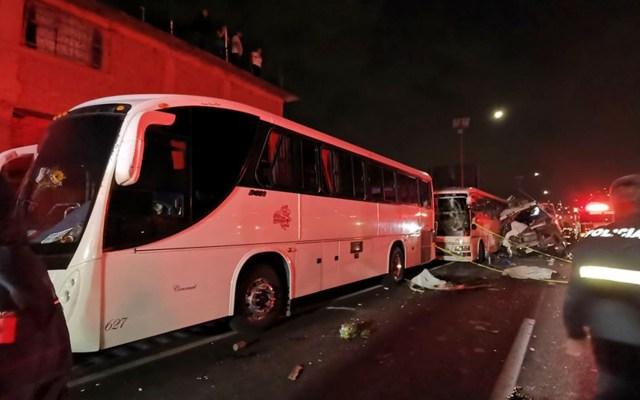 Detienen a chofer que causó accidente en la México-Pachuca - Accidente en la México-Pachuca. Foto de @PCBEcatepec