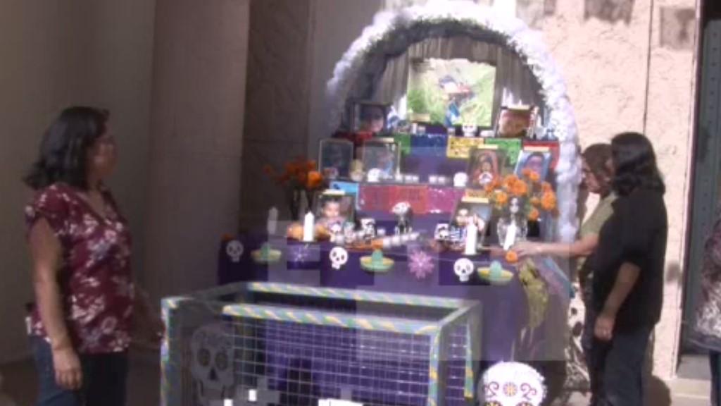 Dedican altar a niños víctimas de políticas migratorias de EE.UU. - Altar a niños migrantes. Foto de EFE