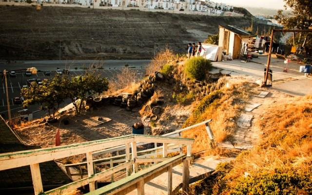 Encuentran fosa clandestina en Tijuana