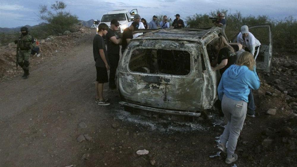 EE.UU. emite alerta de viaje para 16 estados de México por delincuencia - Imagen de Archivo del ataque a la familia LeBarón, en Bavispe, Sonora, el 4 de noviembre. Foto de EFE