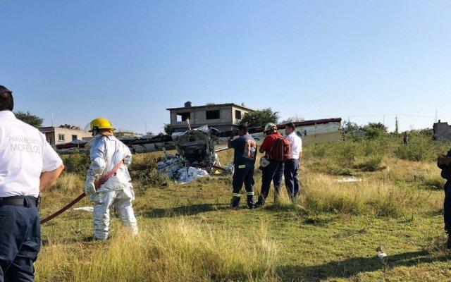 Desploma avión pequeño en Temixco, Morelos; hay dos personas muertas - Foto de @linea_caliente