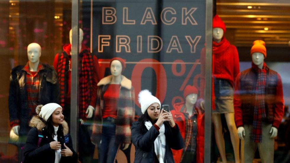 Estadounidenses gastaron 7 mil 400 millones de dólares por internet en Black Friday - Foto de EFE