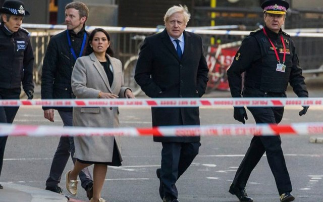 Johnson pide penas más severas para terroristas tras ataque en Londres - Johnson pide penas más severas para terroristas tras ataque en Londres