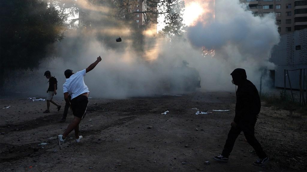 Suspenden uso de perdigones de goma en operativos antidisturbios en Chile - Foto de EFE