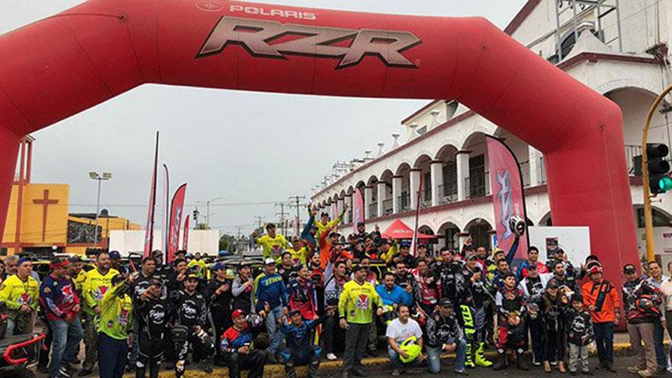 Rescatan a 45 competidores de rally atrapados en ríos de Tabasco - Competidores del Huimanguillazo 2019. Foto de @DiarioDeTabasco