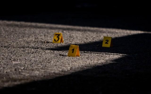 Ataque armado a familia deja tres muertos en Tamaulipas - Contabilización de disparos. Foto de Notimex