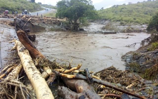 Suman 43 muertos por deslizamientos de tierra en Kenia - Deslizamientos de tierra Kenia