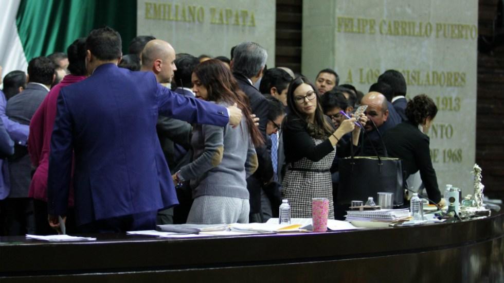 #Video Cerrada votación provoca zafarrancho en la Cámara de Diputados - cámara de diputados