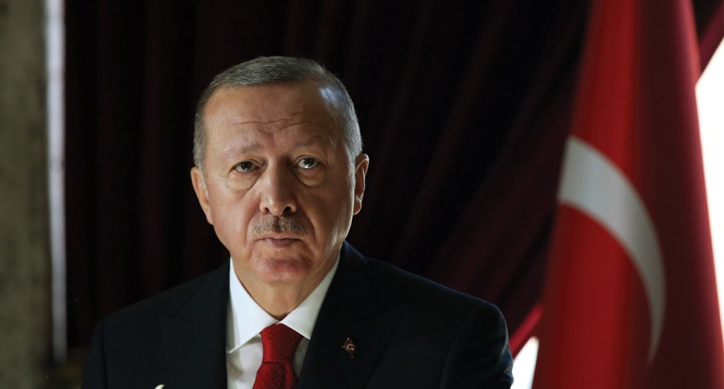 Erdogan insiste en enviar a Europa a integrantes del Estado Islámico - Foto de EFE