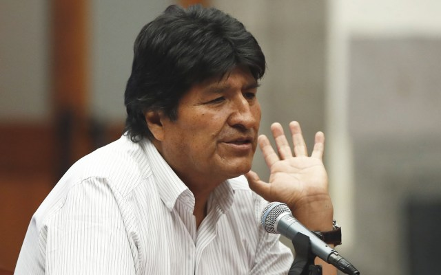 Evo Morales desconoce que camionetas de valores lo siguieran hasta hangar en Paraguay - Evo Morales en el Museo de la Ciudad de México. Foto de EFE