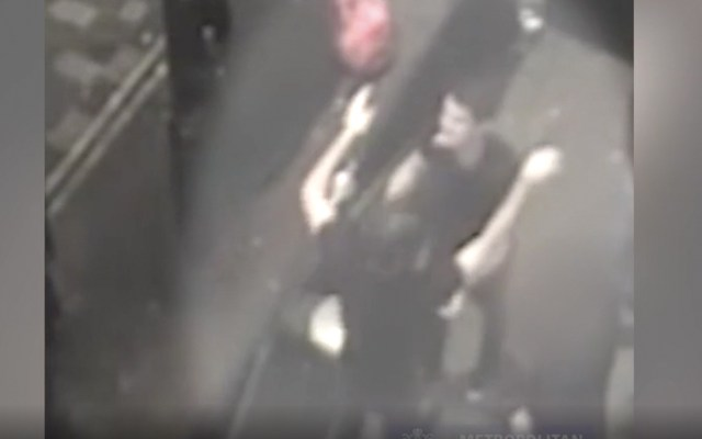 #Video Hombres celebran tras violar a joven en bar - Captura de pantalla