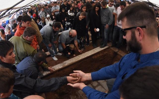 Sepultan a última víctima de ataque a familia LeBarón - Funeral de víctima LeBarón. Foto de EFE