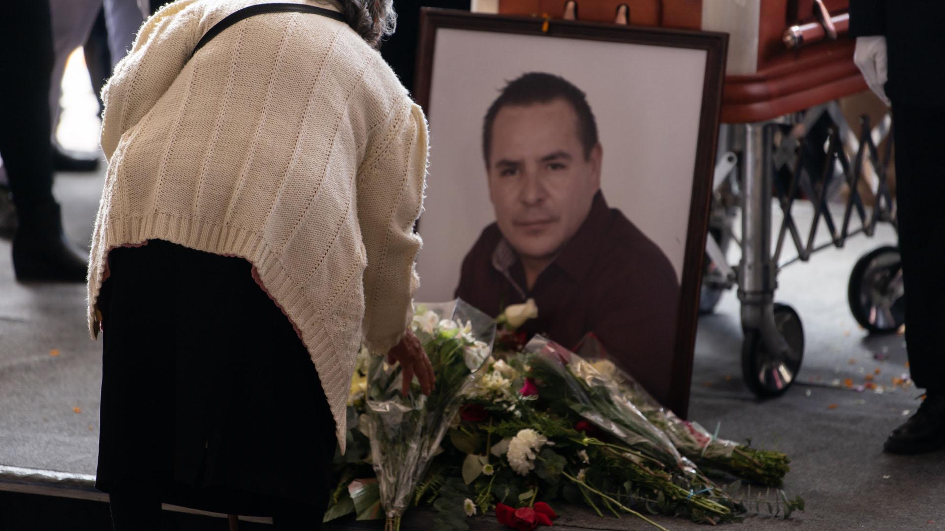 Homenaje de cuerpo presente a Francisco Tenorio en Valle de Chalco. Foto de Notimex