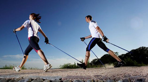 Quema calorías con la caminata nórdica