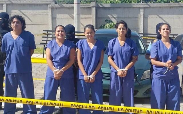 Fiscalía acusa a jóvenes que llevaban agua a madres de detenidos en Nicaragua - Acusan a jóvenes que llevaban agua a madres de detenidos en Nicaragua