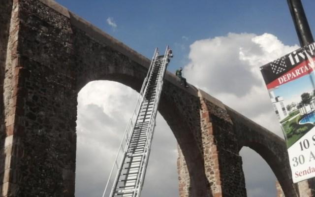 #Video Muere hombre que se arrojó de los Arcos de Querétaro - Foto de @AndresEstevezMx