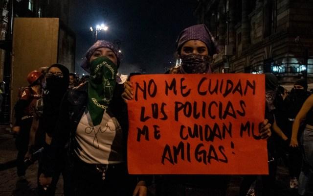 Rosario Piedra se reunirá con colectivos feministas para atender demandas - Marcha feminista Ciudad de México 25112019