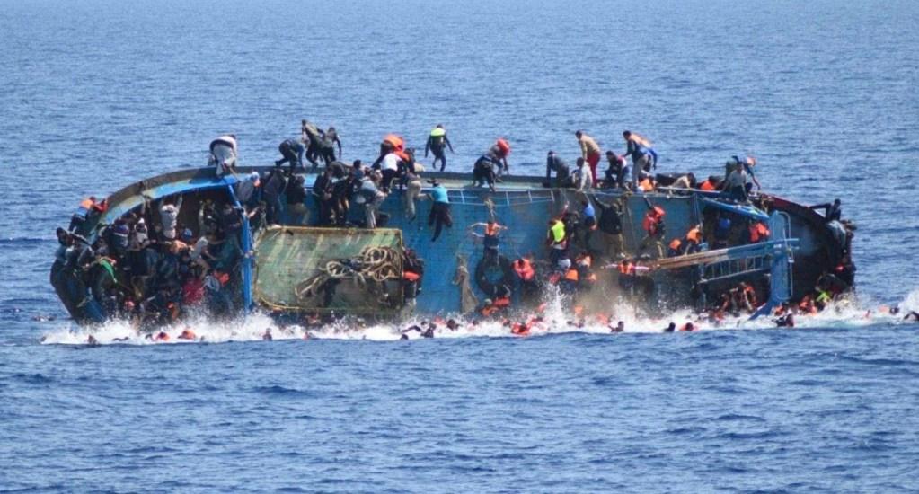 Recuperan siete cadáveres de naufragio de migrantes en Italia; suman 12 de posibles 20 - Rescatan de cadáveres de naufragio de migrantes en Italia