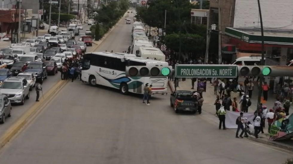 Normalistas secuestran autobuses en Chiapas - Foto de @SSyPC_Chiapas