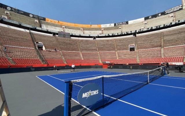 Plaza de Toros México se transforma para exhibición de Federer - Foto de Mextenis