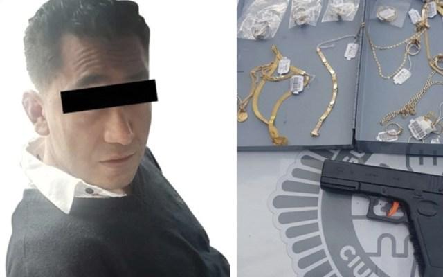 Detienen a hombre que asaltó casa de empeño con pistola de juguete - Foto de SSC