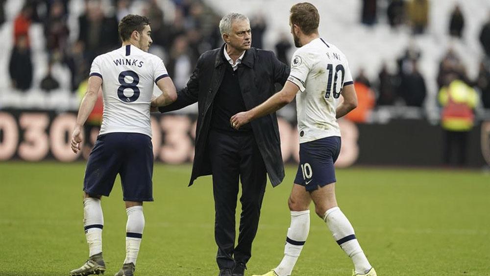 Tottenham derrota al West Ham en debut de Mourinho - Tottenham derrota al West Ham en debut de Mourinho