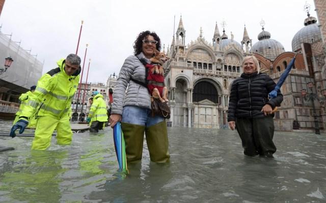 Venecia se prepara para nueva inundación de hasta 160 centímetros - Venecia Italia inundaciones