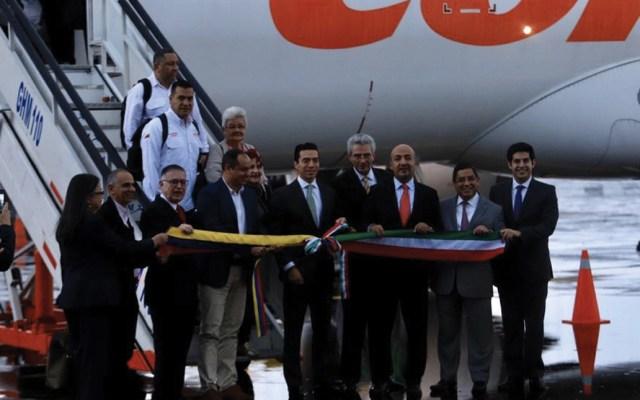 Inauguran vuelo entre Caracas y Toluca - Foto de SRE
