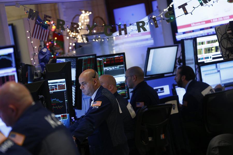 Así cerró Wall Street este martes - Foto de EFE