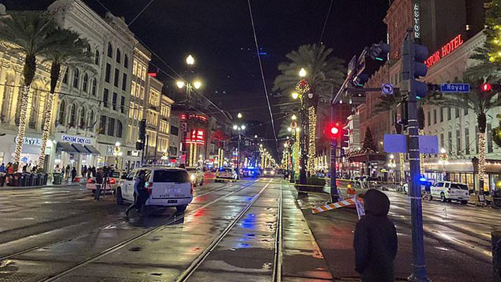 Acordonamiento de Canal Street por tiroteo. Foto de WWLTV