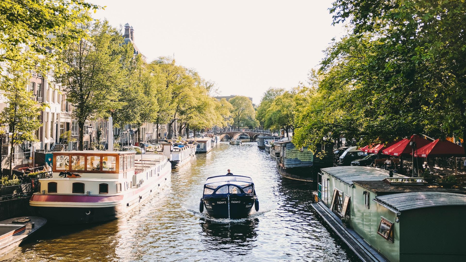 Se llamará oficialmente Países Bajos en 2020 — Fin a Holanda