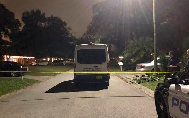 Asesinan a tres personas en casa de Florida con cuatro menores dentro - Asesinan a tres personas en casa de Florida con cuatro menores dentro
