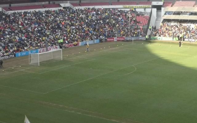 América entrena a puerta abierta ante 25 mil aficionados - Foto de @emiliopineres